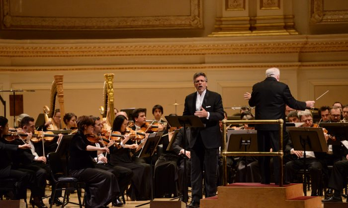 """Orchestre National de Lyon and eminent baritone Thomas Hampson who narrated the first piece of the evening, """"Antar."""" (Pete Checchia)"""