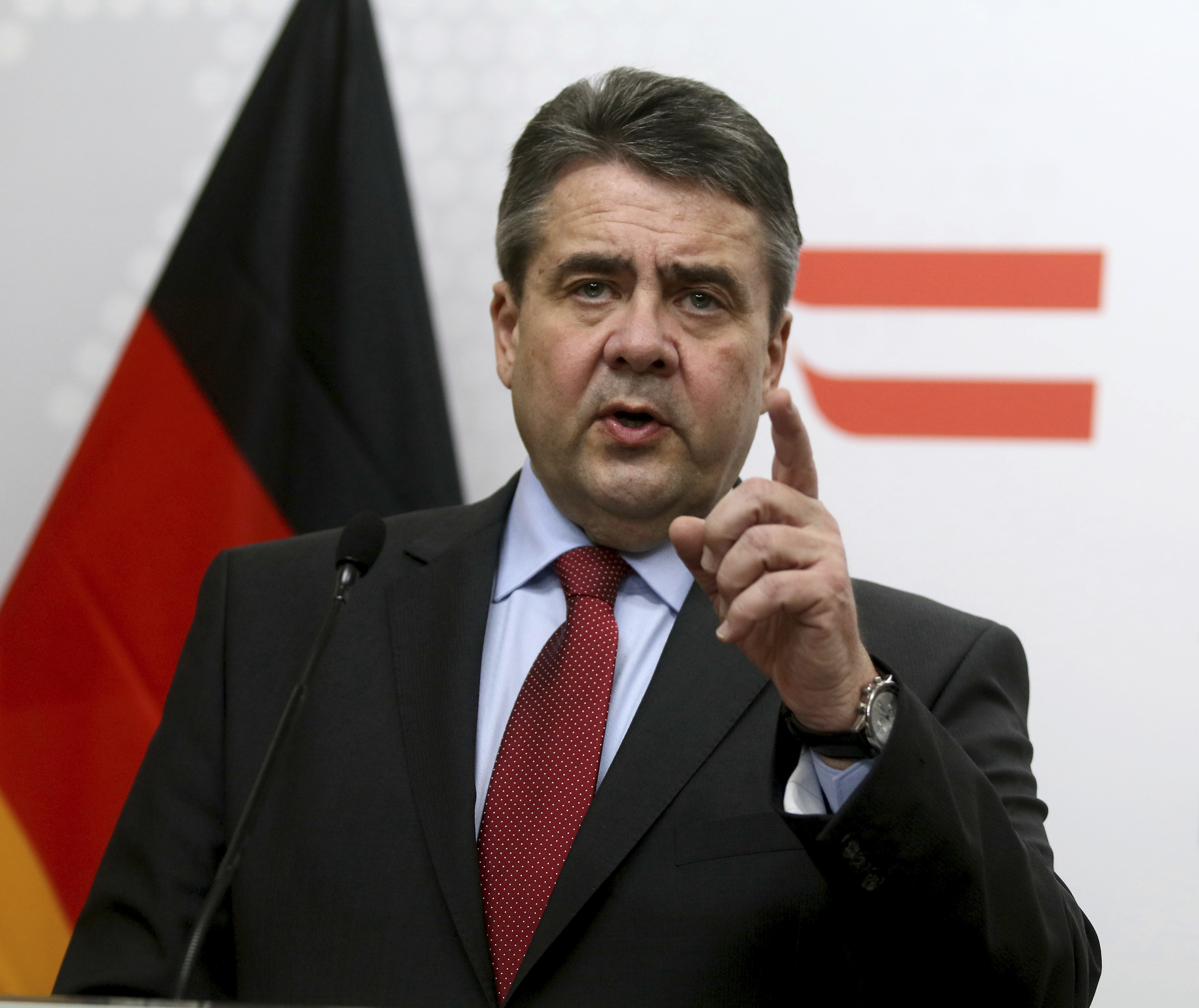 German Minister of Foreign Affairs Sigmar Gabriel addresses the media after a meeting with Austrian Foreign Minister Sebastian Kurz at the foreign ministry in Vienna, Austria on Feb. 27, 2017. (AP Photo/Ronald Zak)