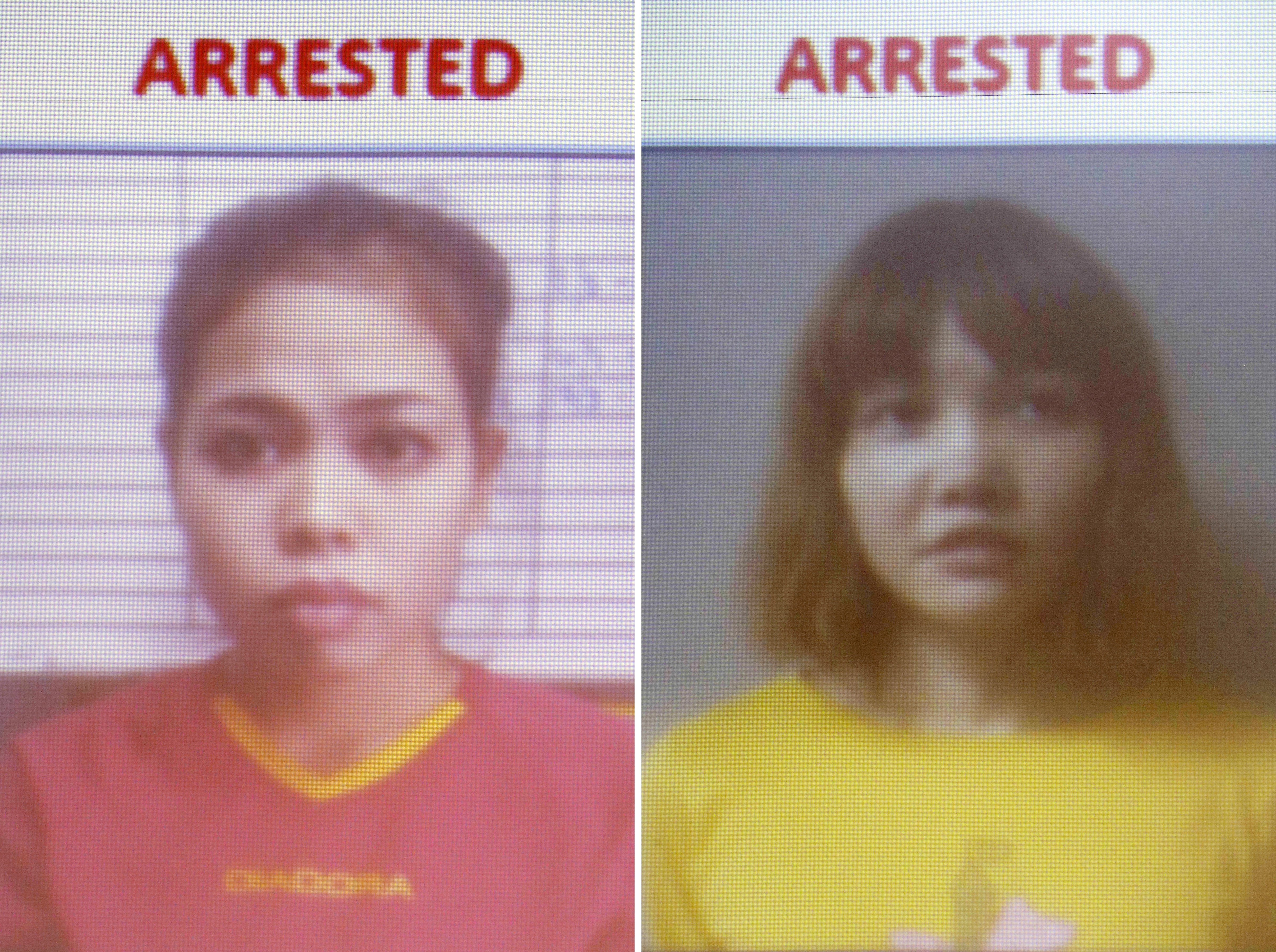 Indonesian suspect Siti Aisyah (L) and Vietnamese suspect Doan Thi Huong