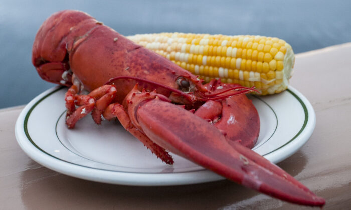 Lobster dinner. (Channaly Philipp/Epoch Times)