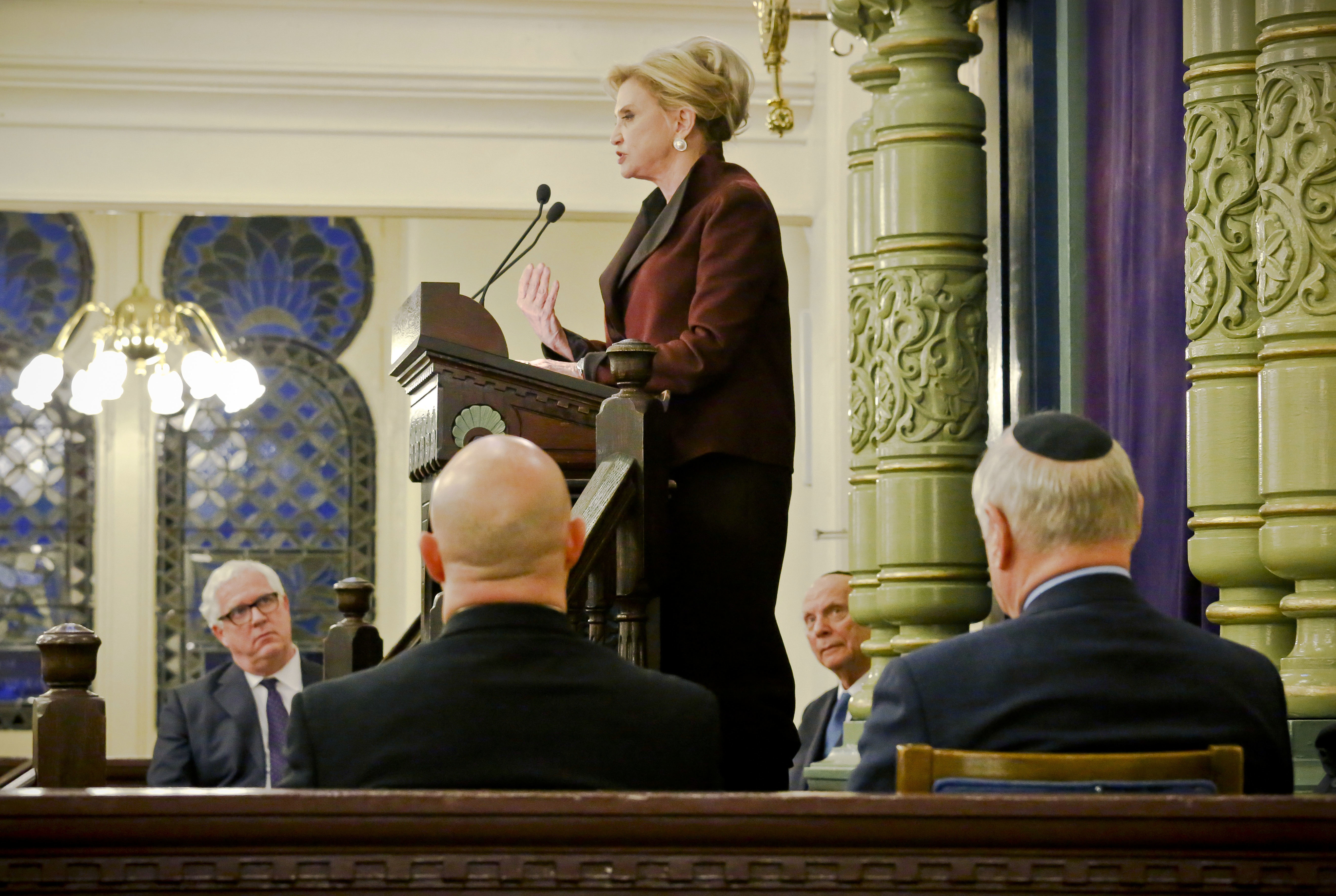 Congresswoman Carolyn Maloney (C) member of Congress's bipartisan task force combating anti-Semitism, speaks during a news conference addressing bomb treats against Jewish organizations and vandalism at Jewish cemeteries in New York on March 3, 2017. (AP Photo/Bebeto Matthews)