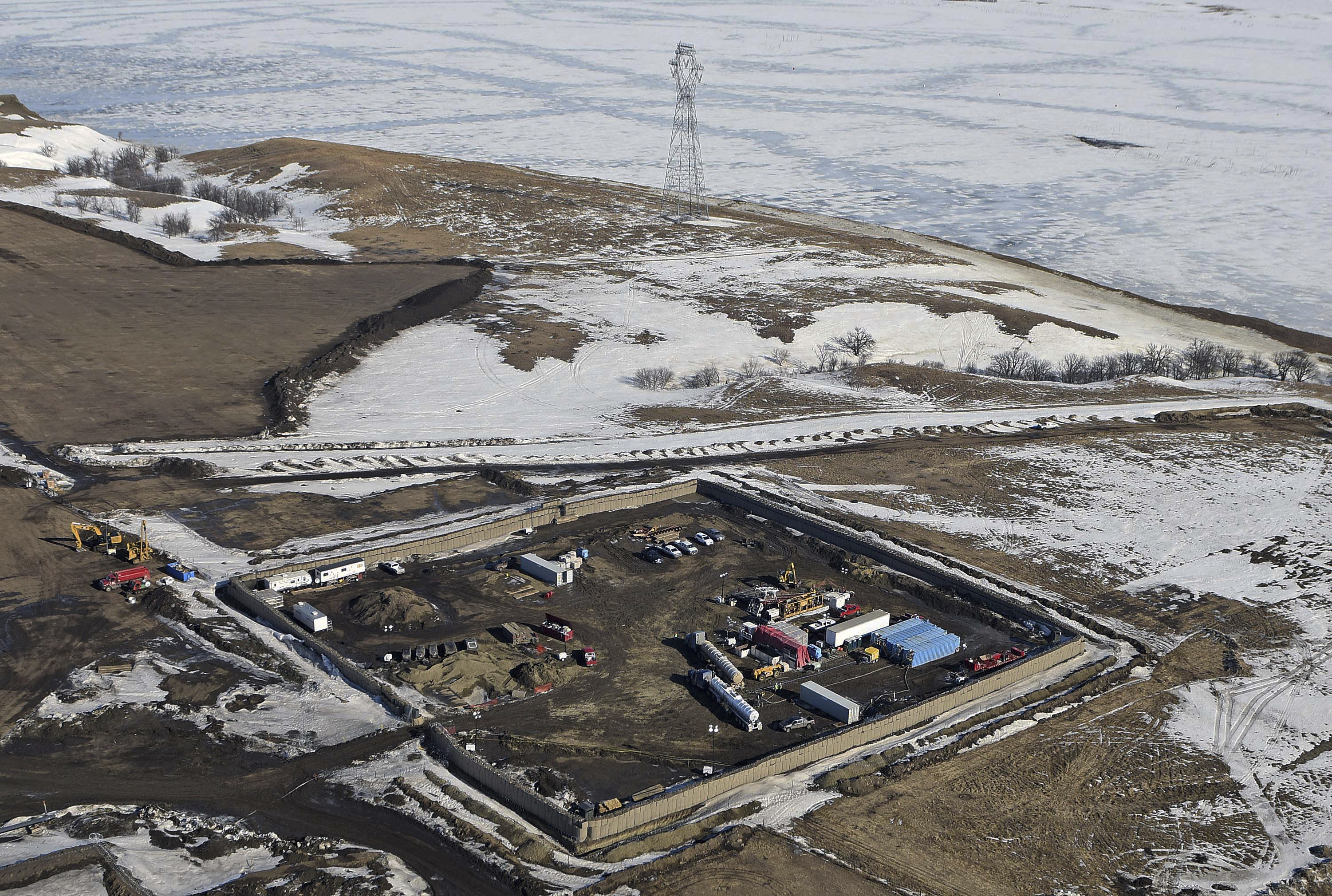 The site where the final phase of the Dakota Access Pipeline will take place with boring equipment routing the pipeline underground and across Lake Oahe to connect with the existing pipeline in Emmons County near Cannon Ball, N.D. (Tom Stromme/The Bismarck Tribune via AP)