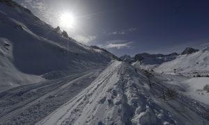 Avalanche Strikes French Ski Resort of Tignes; No Fatalities