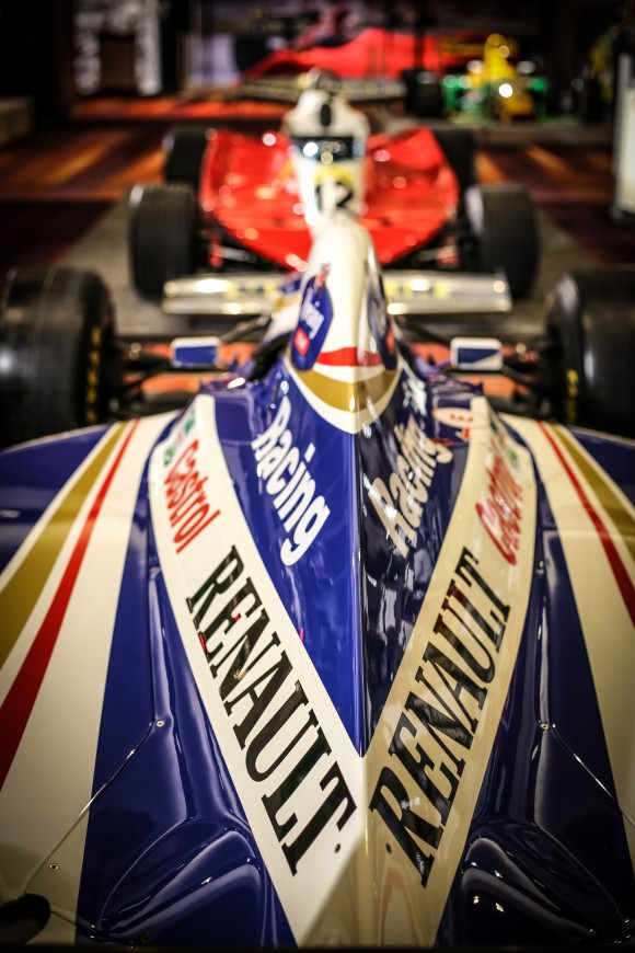 Jacques Villeneuve's 1997 winning F1 vehicle (Courtesy of CIAS)