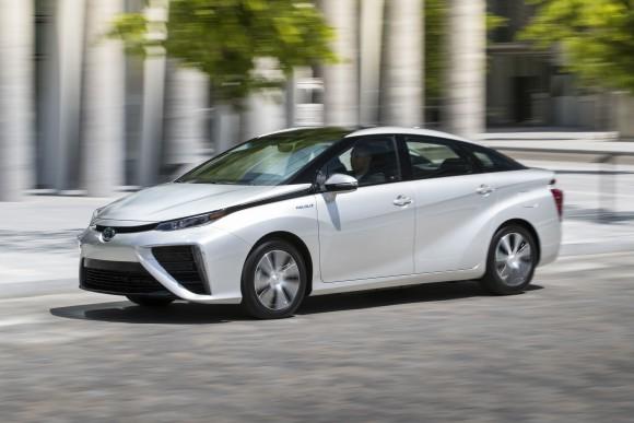 Toyota Mirai FCEV  (Courtesy of Toyota Canada Inc.)
