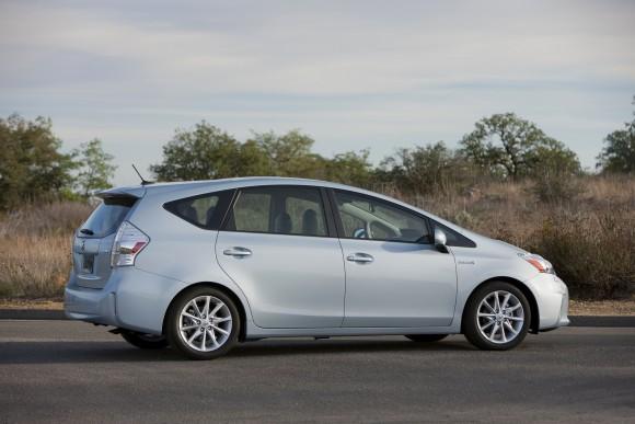 Toyota Prius v (Courtesy of Toyota Canada Inc.)