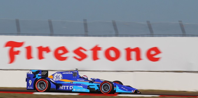 Scott Dixon, on Firestone Red tires, rounds Turn 13 during qualifying. (Chris Jasurek/Epoch Times)