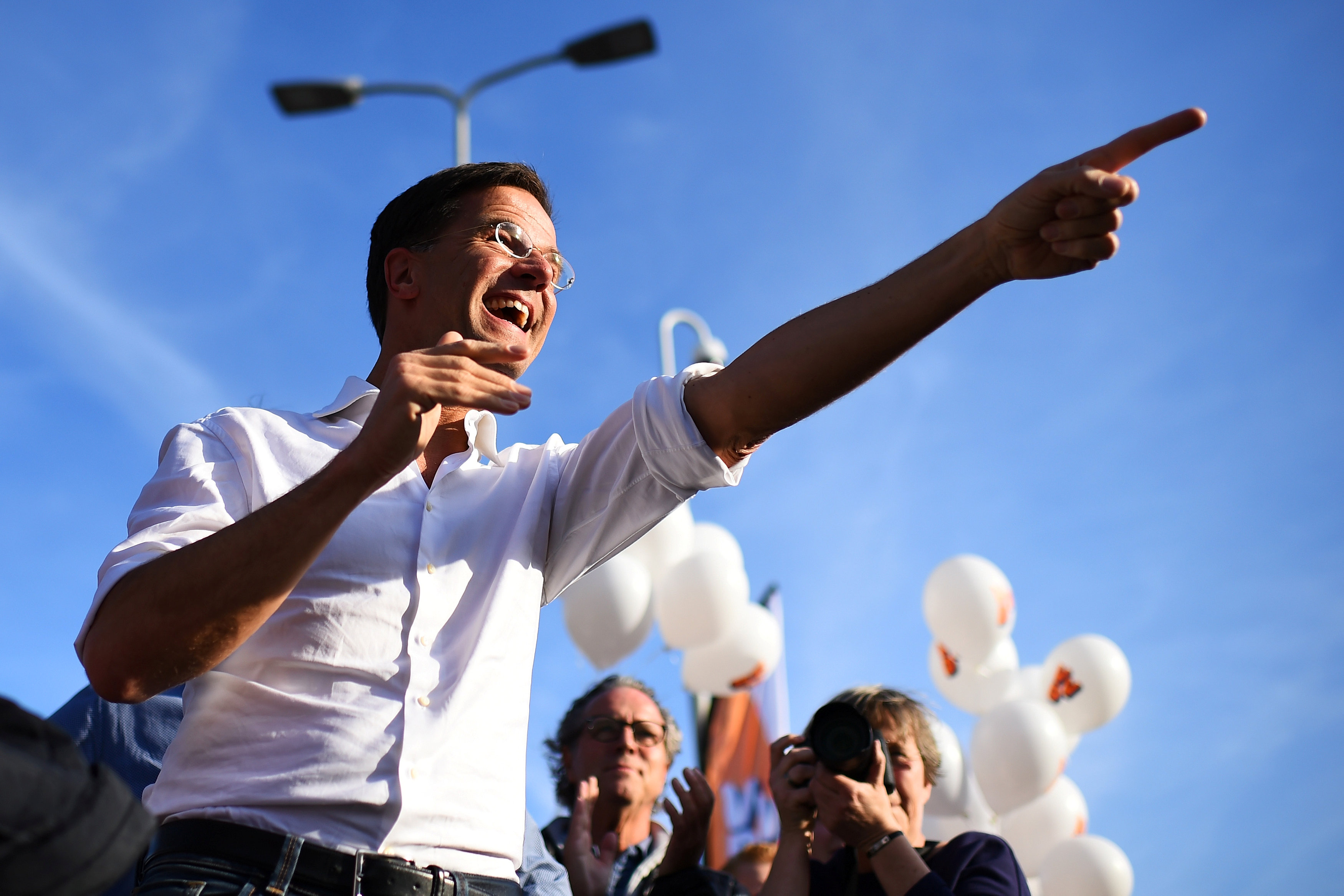 Dutch Prime Minister Mark Rutte of the VVD Liberal party reacts during campaigning in The Hague, Netherlands on March 12, 2017. (REUTERS/Dylan Martinez)