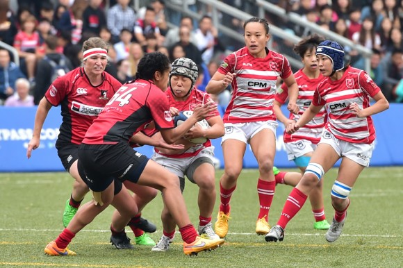 : Successive attacks by Gai Wu Falcons ran into the brick wall defence of Valley Black in the Grand Championship final at King's Park on Saturday March 11, 2017. Gai Wu were awarded a penalty try towards the end of the match but it was already too late. Valley Black Ladies won the match 15-7. (Bill Cox/Epoch Times)
