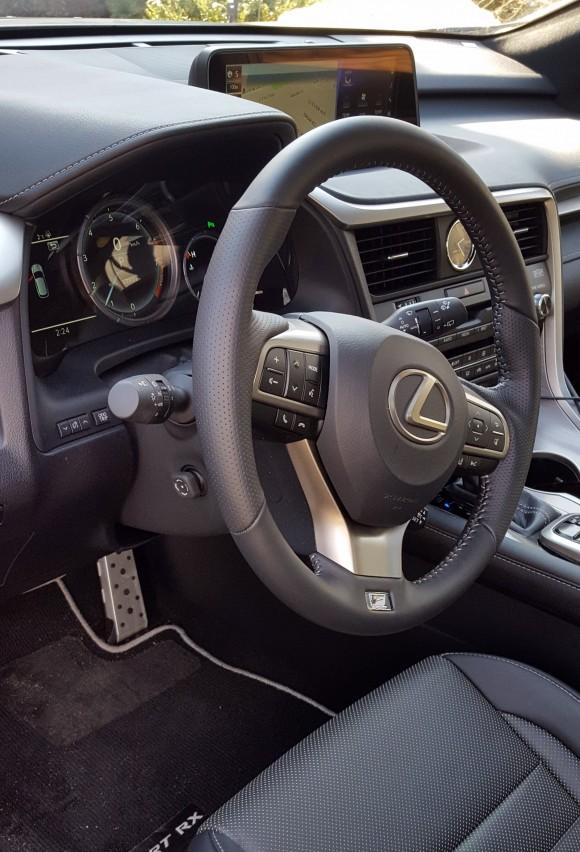 Interior Lexus RX 350 F Sport (Courtesy of David Taylor)
