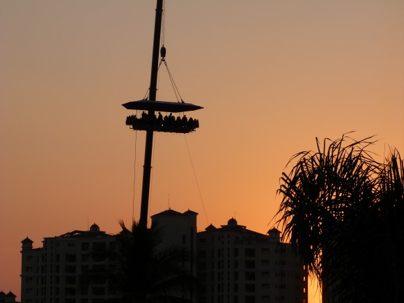 Dinner in the Sky at sunset. (Barbara Angelakis)