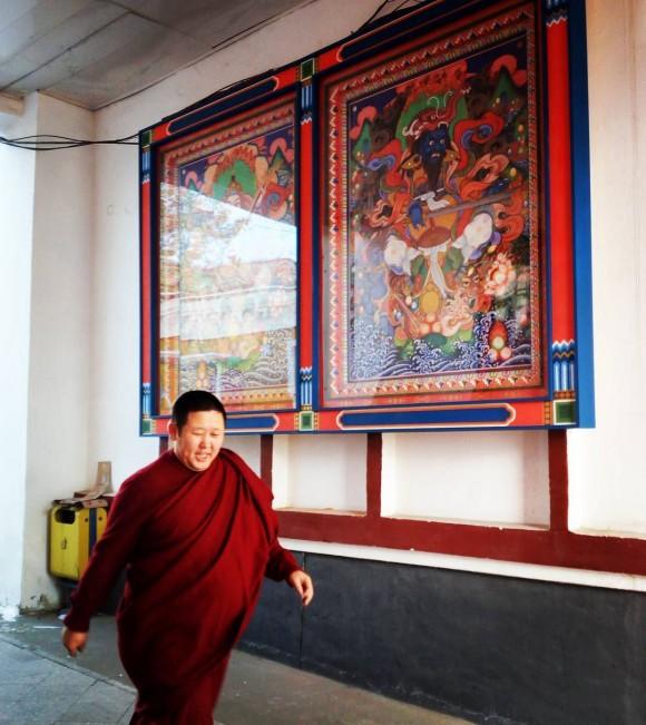 the Gandantegchinlen, a Chinese-style Tibetan Buddhist monastery in Ulaanbaatar. (Vlatka Jovanovic)