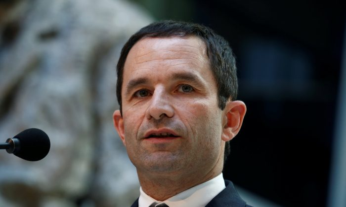 Benoit Hamon, French Socialist party 2017 presidential candidate gives a statement after meeting Social Democratic Party (SPD) leader Martin Schulz in Berlin, Germany on March 28, 2017. (REUTERS/Fabrizio Bensch)
