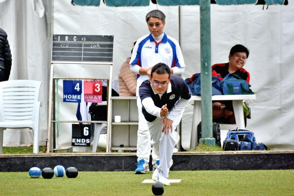 Robin Chok, skip for CCC, bowls with C L Fung, skip for CdeR, in the early stages of one of the semi-finals of the 2017 Men's National Pairs held at IRC on Sunday 26th March. CCC won 15/13 after the 18 ends to set up a finals match against ILBC in July. (Stephanie Worth)