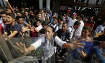 Venezuela's Anti-Maduro Protestestors Take to the Streets Again