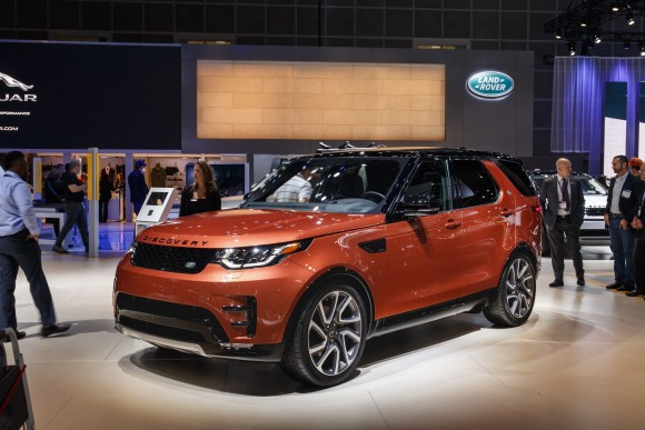 Land Rover Discovery (Courtesy of Jaguar Land Rover)