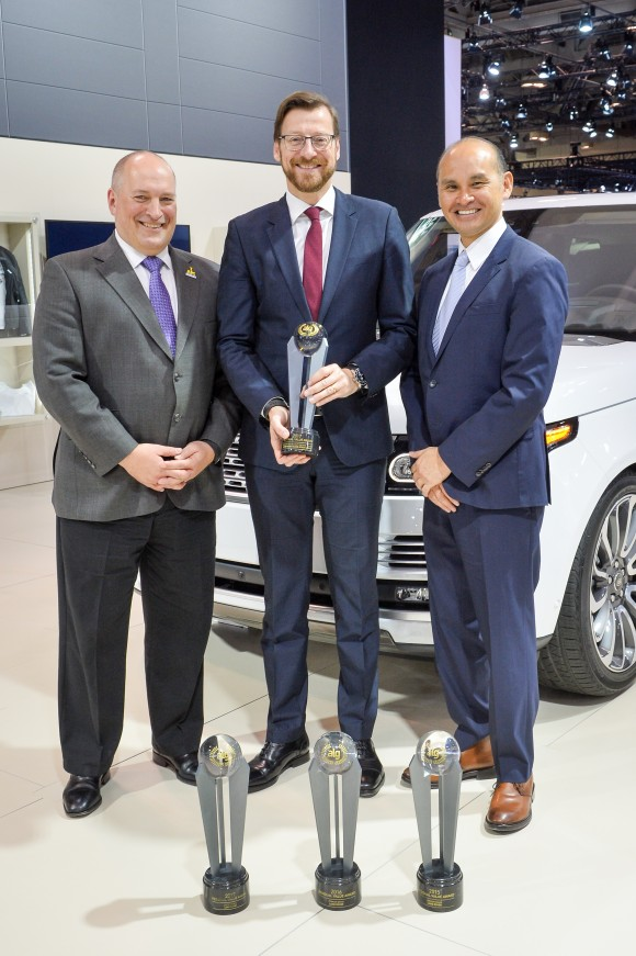 Wolfgang Hoffmann, Joe Eberhardt, JLR, and  ALG President, Jim  Nguyen (Courtesy of Jaguar Land Rover)