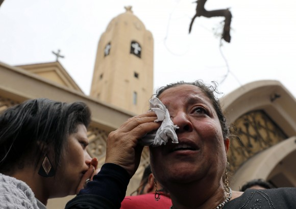A relative of one of the victims reacts after a church explosion killed at least 21 in Tanta, Egypt, April 9, 2017. (REUTERS/Mohamed Abd El Ghany)