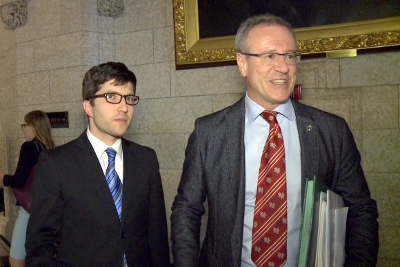 Conservative MP Garnett Genuis and Liberal MP Borys Wrzesnewskyj on Parliament Hill on April 10, 2017. Genuis already has Wrzesnewskyj's support to second Bill C-350. (NTD Television)