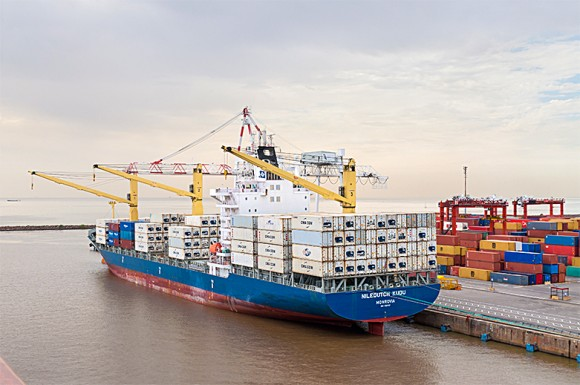 A container ship at the port of Buenos Aires in this file photo. Because of Macri's reforms, Argentina is becoming a more open economy for trade again. (byvalet/shutterstock)