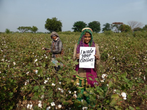 Cotton Farmers in Kasrawad, Madhya Pradesh, India, who make clothes for ethical streetwear label ZRCL using organically grown bioRe® cotton. (@wearezrcl)