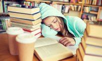 Irregular Sleep Tied to Worse Grades