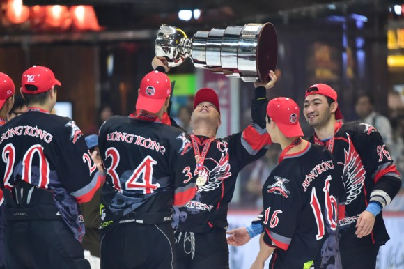 HK Hitmen lift the Asian Division Cup at Mega Ice 2017 Hockey 5's on May 6, 2017. (Bill Cox/Epoch Times)