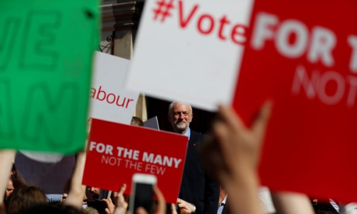 Jeremy Corbyn, the leader of Britain's opposition Labour Party, attends a campaign event in York May 10, 2017. (REUTERS/Phil Noble)