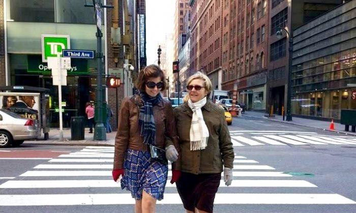 Sibylle Eschapasse and her mother in New York. (Rene-Victor Eschapasse)