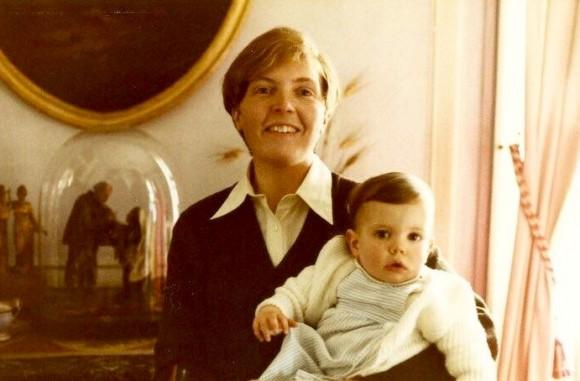 Baby Sibylle Eschapasse with her mother in France. (Rene-Victor Eschapasse)