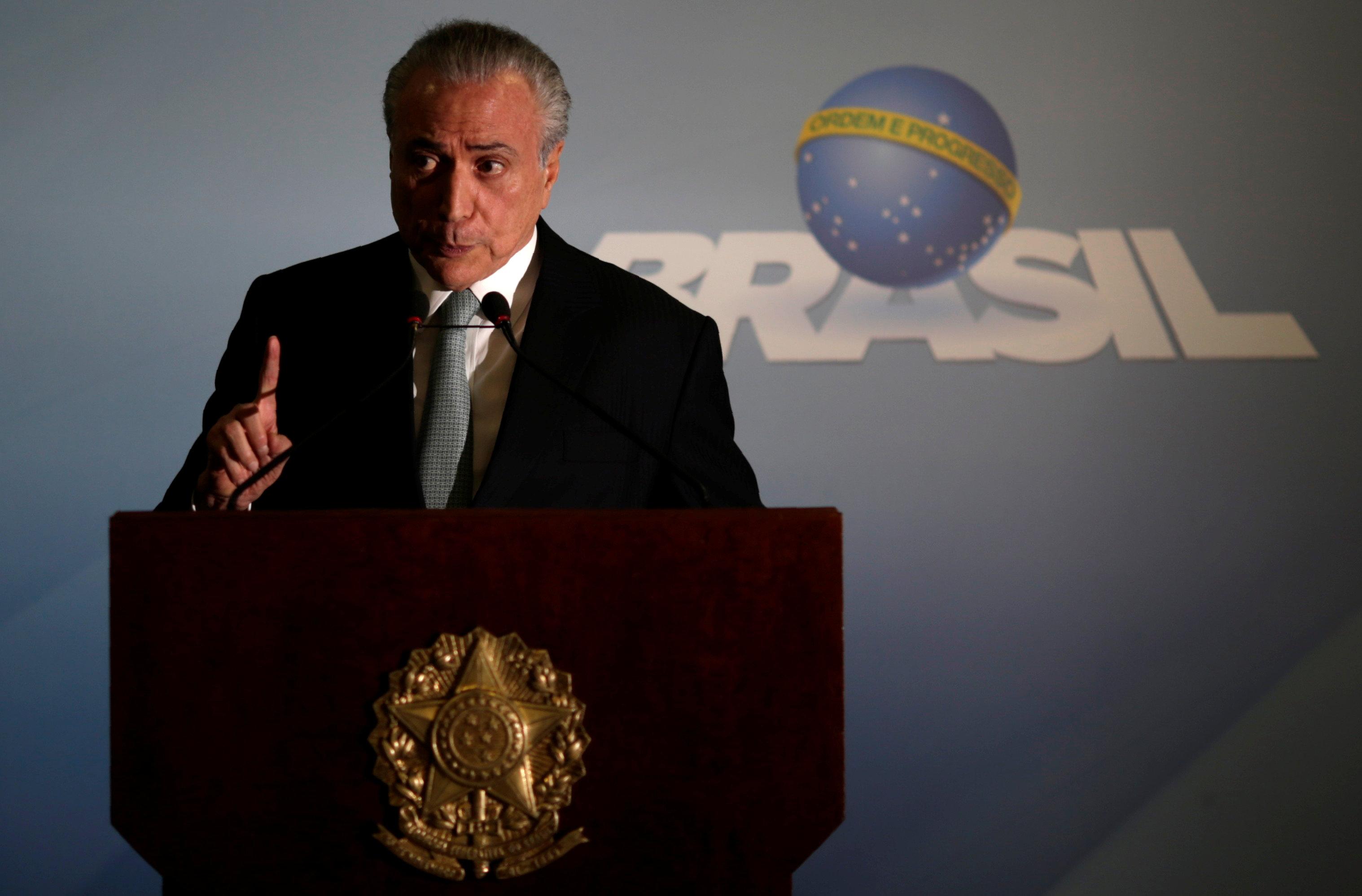 Brazil's President Michel Temer speaks at the Planalto Palace in Brasilia, Brazil on May 18, 2017. (REUTERS/Ueslei Marcelino)