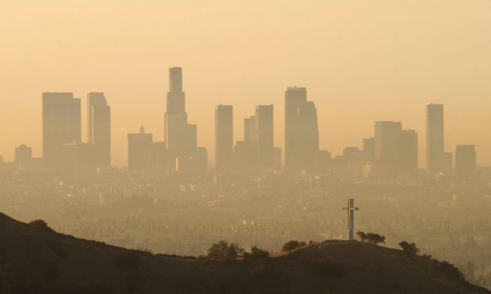 The downtown skyline of Los Angeles, California, on May 17, 2016. (FREDERIC J. BROWN/AFP/Getty Images)