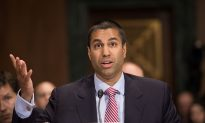FCC Votes 2-1 to Advance Repeal of Obama-Era Internet Rules