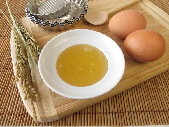 Baking with rice syrup (Heike Rau/Shutterstock)