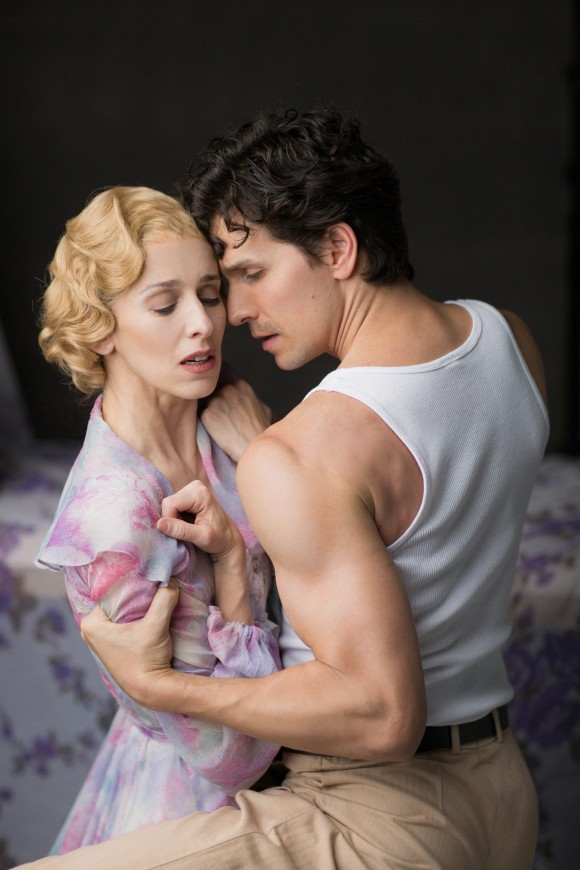 """Sonia Rodriguez as Blanche and Guillaume Côté as Stanley in the National Ballet of Canada's production of """"A Streetcar Named Desire."""" (Karolina Kuras)"""
