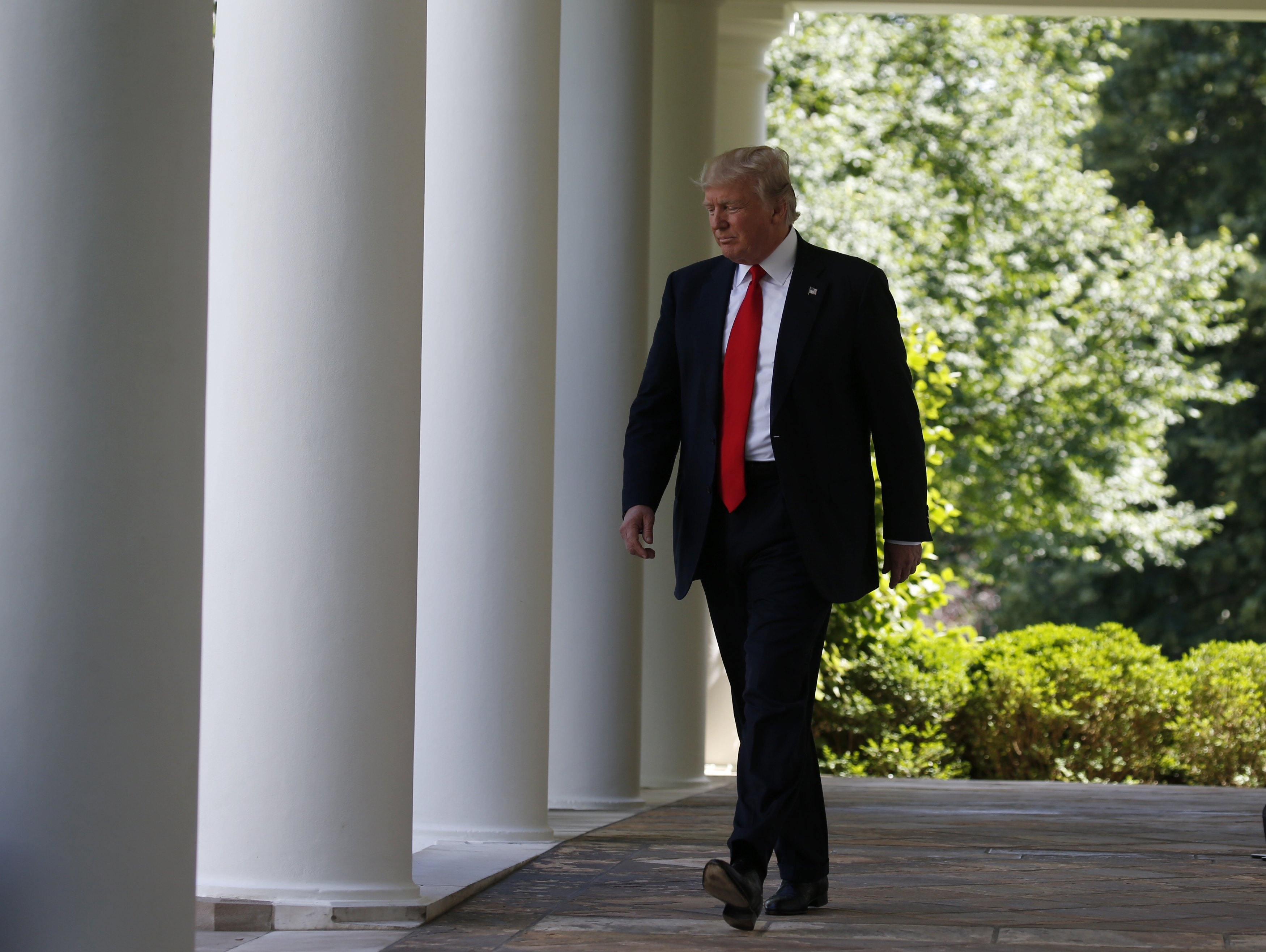 President Donald Trump arrives to announce his decision that the United States will withdraw from the landmark Paris Climate Agreement, in the Rose Garden of the White House in Washington on June 1, 2017. (REUTERS/Joshua Roberts)