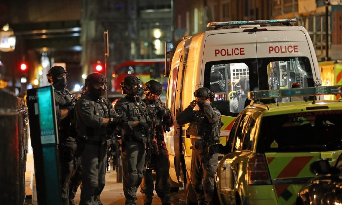 Counterterrorism special forces are seen at London Bridge in London, on June 3, 2017. (Dan Kitwood/Getty Images)