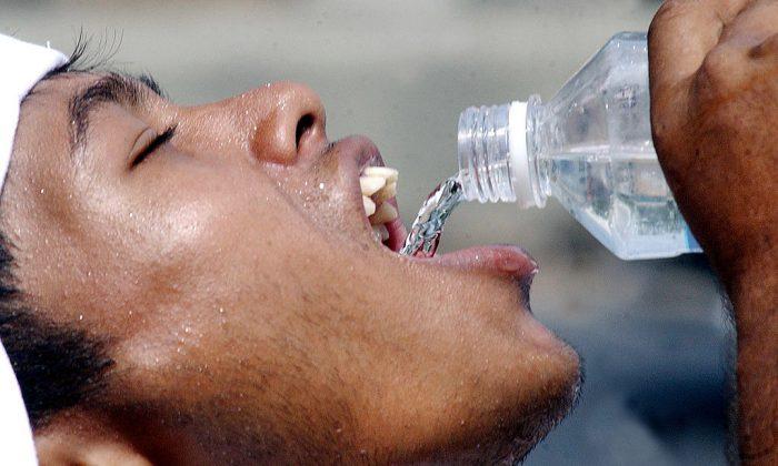 (Shawkat Khan/AFP/GettyImages)