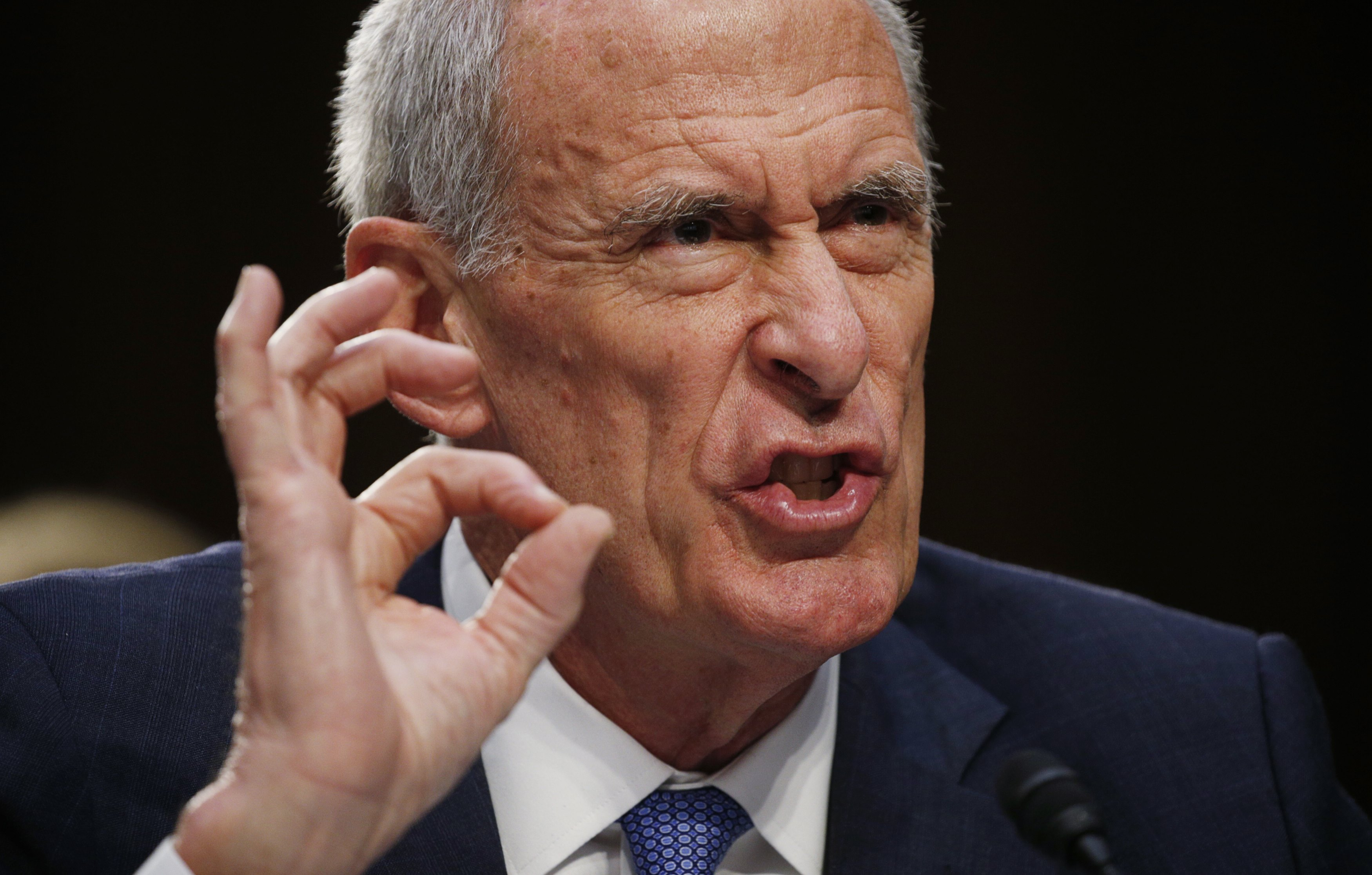 Director of National Intelligence Daniel Coats testifies at a Senate Intelligence Committee hearing on his interactions with the Trump White House and on the Foreign Intelligence Surveillance Act (FISA) in Washington on June 7, 2017. (REUTERS/Kevin Lamarque)