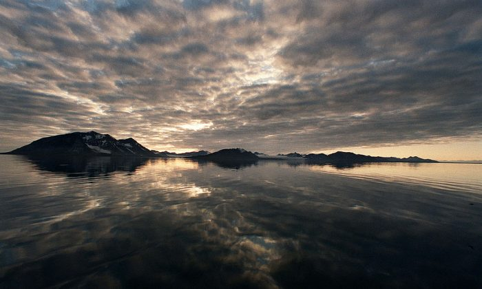 The sunset at the Svalbard archipel in Norway. (GILLES LEIMDORFER/AFP/Getty Images)