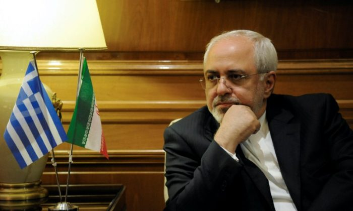 Iranian Foreign Minister Mohammad Javad Zarif meets with Greek Prime Minister Alexis Tsipras (not pictured) at his office at the Maximos Mansion in Athens, Greece on April 23, 2017. (REUTERS/Michalis Karagiannis)