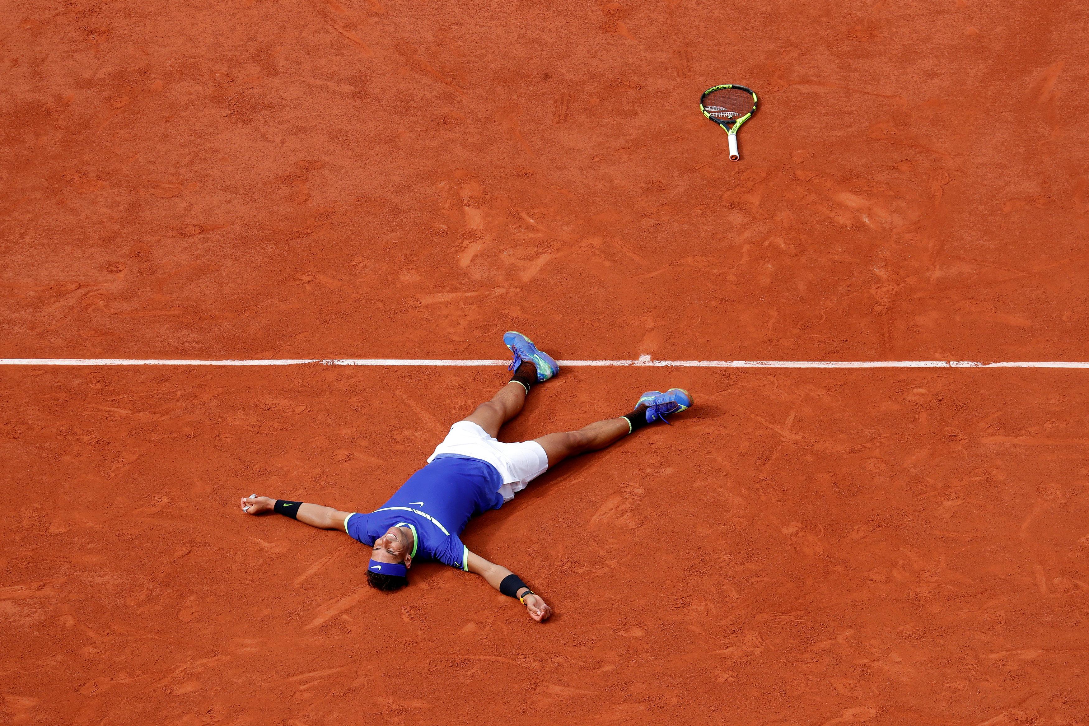 Tennis - French Open - Roland Garros, Paris, France - June 11, 2017   Spain's Rafael Nadal celebrates winning the final against Switzerland's Stan Wawrinka. (Reuters/Gonzalo Fuentes)