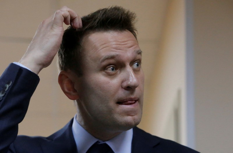 Russian leading opposition figure Alexei Navalny during a break in a hearing in the slander lawsuit filed against him by Russian businessman Alisher Usmanov, in a court in Moscow, Russia on May 30, 2017. (REUTERS/Sergei Karpukhin)