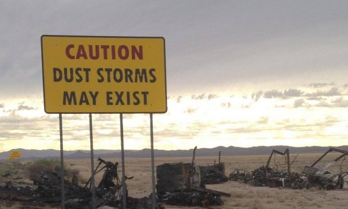 A dust storm warning sign by Interstate 10 in New Mexico. (New Mexico State Police)