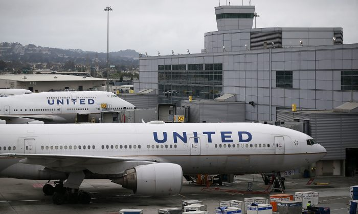 United Airlines planes sit on the tarmac at San Francisco International Airport  in San Francisco on July 8, 2015. (Justin Sullivan/Getty Images)
