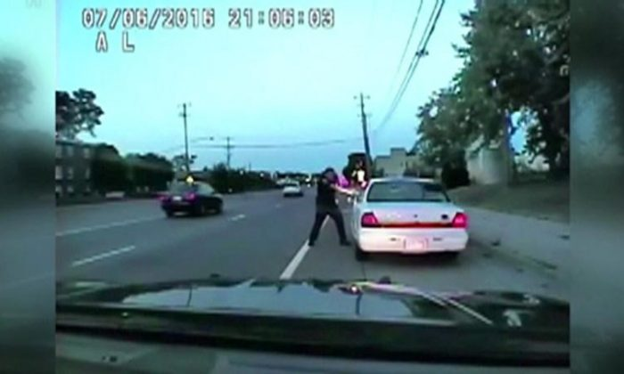 A still photo taken from a dashcam video shows the July 2016 police shooting of Philando Castile, a black motorist, during a traffic stop in Ramsey County, Minnesota, U.S., by officer Jeronimo Yanez released on June 20, 2017.   (Courtesy Minnesota Bureau of Criminal Apprehension/Handout via REUTERS)