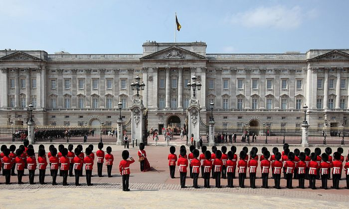 The Queen's Guard in a stock photo (Dan Kitwood/Getty Images)