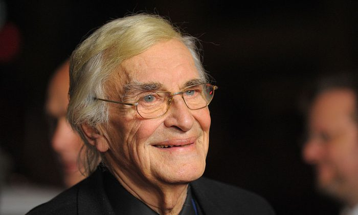 "Martin Landau arrives at the 2009 AFI Fest and Warner Home Video's DVD Release of ""North By Northwest""  in Hollywood, Calif., on Nov. 2, 2009.  (Jason Merritt/Getty Images)"