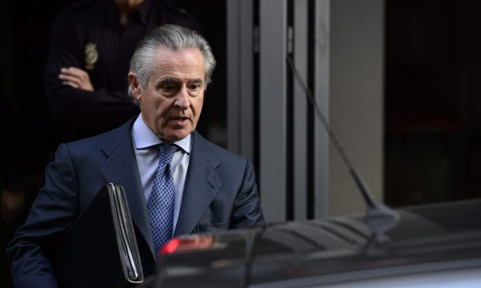 Caja Madrid's former head Miguel Blesa leaves a hearing in Madrid on October 16, 2014 (DANI POZO/AFP/Getty Images)