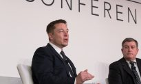 Elon Musk Talks Space
